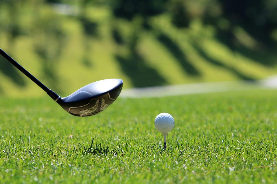 Tips to Purchase Amazing Golf Accessories Designed with Best Features